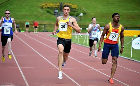 AARON SEXTON SMASHES UNDER 20 RECORD AS LOCAL ATHLETES IMPRESS AT IRISH SCHOOLS